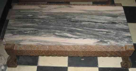 Mesa de centro en madera y marmol