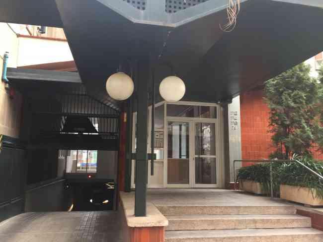 PISO SIN HACER REFORMAS PARQUING Y TRASTERO CENTRO SABADELL