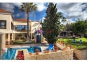 Estupenda villa en chayofa, contactarse.