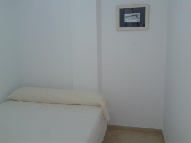 Excelente piso de 2 habitaciones en Costa Rubite- Casarones