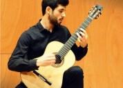 Clases de guitarra clasica profesor titulado sagrada familia en barcelona