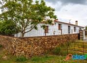 Preciosa finca rustica de 4ha con cortijo de 4 dormitorios en perfectas condiciones en barcarrota