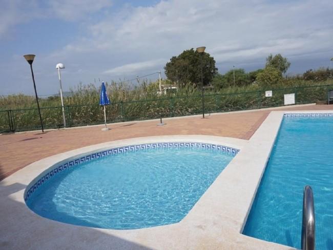 Apartamento con piscina junto playa de Sagunto Valencia 2 dormitorios 87.00 m2