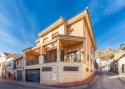 Chalet de 147 m en calle benjamin palencia 03640 monovar alicante 4 dormitorios 147.00 m2