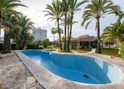Chalet en venta de en calle africa 2 benicasim castellon 4 dormitorios 320.00 m2