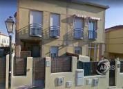 Chalet adosado con 3 dormitorios y 2 banos 135.00 m2