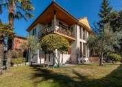 Chalet en venta de 528 m2 en avenida los acebos de la legua sariegos leon 5 dormitorios