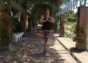 Profesora pilates y yoga para empresas y grupos stretching baile fitness entrenamiento en madrid