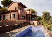 Espectacular chalet en cabrils con jardin y piscina 5 dormitorios 280.00 m2