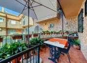 Estupendo adosado en esquina con buhardilla 5 dormitorios 244.00 m2