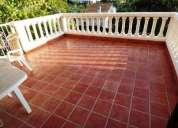Chalet seminuevo en venta de 4 habitaciones con jardin y garaje en sant vicenc de castellet 186.00 m
