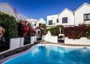 Hermosa casa de 3 dormitorios en un pequen o complejo con excelentes v 135.00 m2