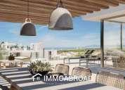 Atico en venta en marbella con 3 dormitorios y 3 banos 173.00 m2
