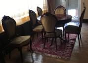 Mesa redonda de juego y 6 sillas en color caoba